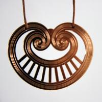 web-shop_-j-pendant-heartspiral-sunburst